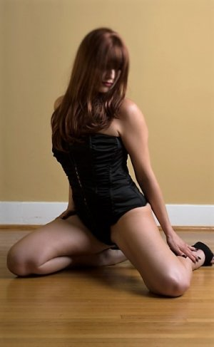 Anne-raphaelle live escort in New Kingman-Butler