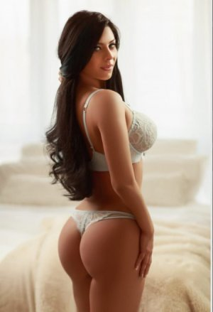 Metisse sex guide in Larkspur & incall escort